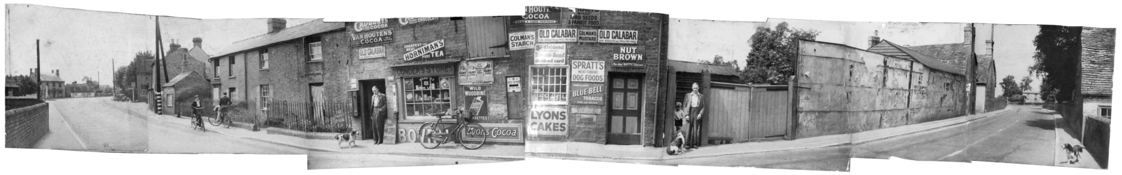 Panorama centred on Arthur Conder's Grocers Shop